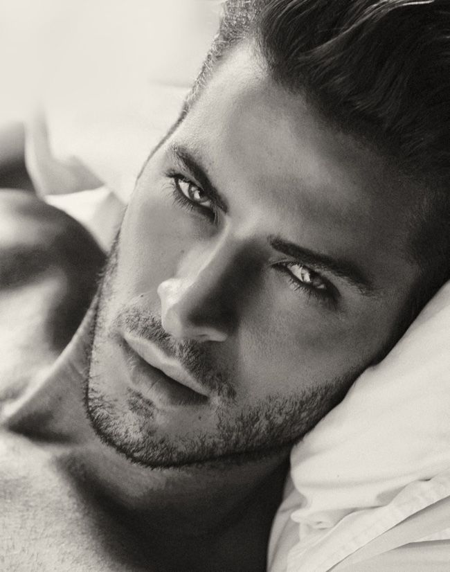 WOW!! #LeandroLima for #ChristianGrey?! That is some smoulder! #FiftyShades @50ShadesSource www.facebook.com/FiftyShadesSource