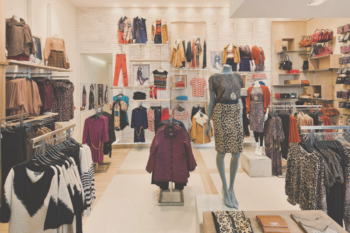 10 Things a Retail Job Will Teach You   Surviving College ...