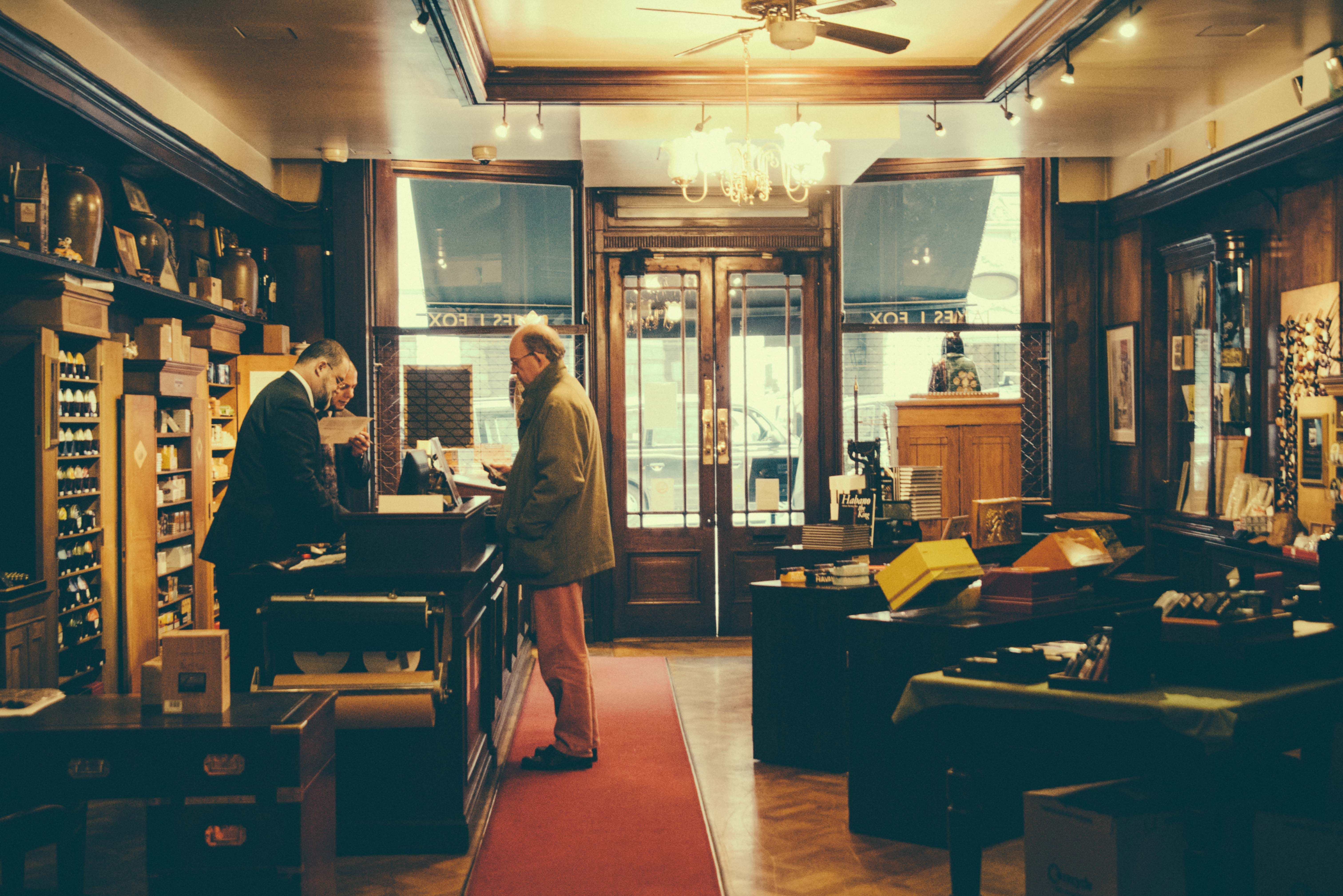 If You Smoke You Should Not Miss James J Fox At St James Street For Some Of Finest Cigars And Pipes In Town The Prime Mi Jack London The Originals Towns
