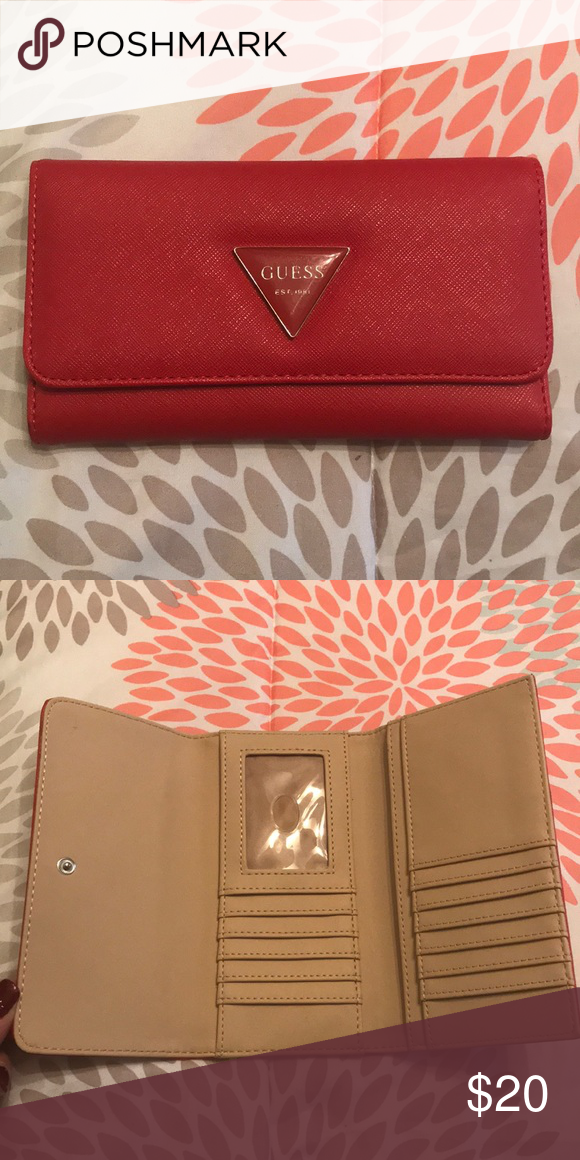9ba992339ec27f Guess wallet New never used Guess Accessories | My Posh Closet ...
