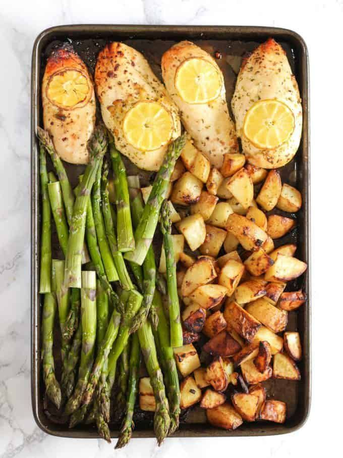 One Pan Lemon Asparagus Chicken #simplehealthydinner