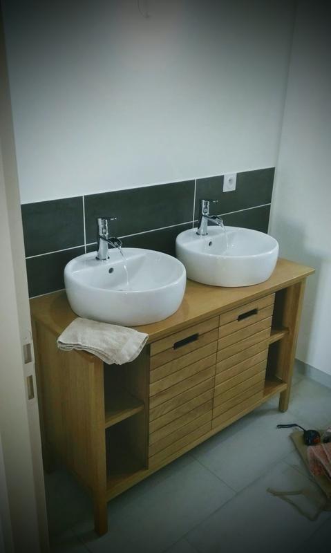 ma salle de bain en cours de chantier  meuble sous vasque