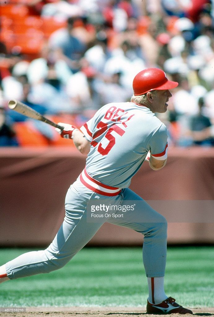 Buddy Bell Of The Cincinnati Reds Bats Against The San Francisco Cincinnati Reds Cincinnati Reds Baseball Cincinnati
