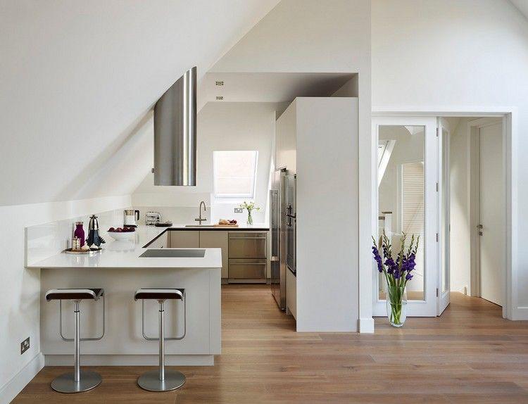 u f rmige einbauk che unter dachschr ge einrichten und wohnen in 2018 pinterest k che. Black Bedroom Furniture Sets. Home Design Ideas