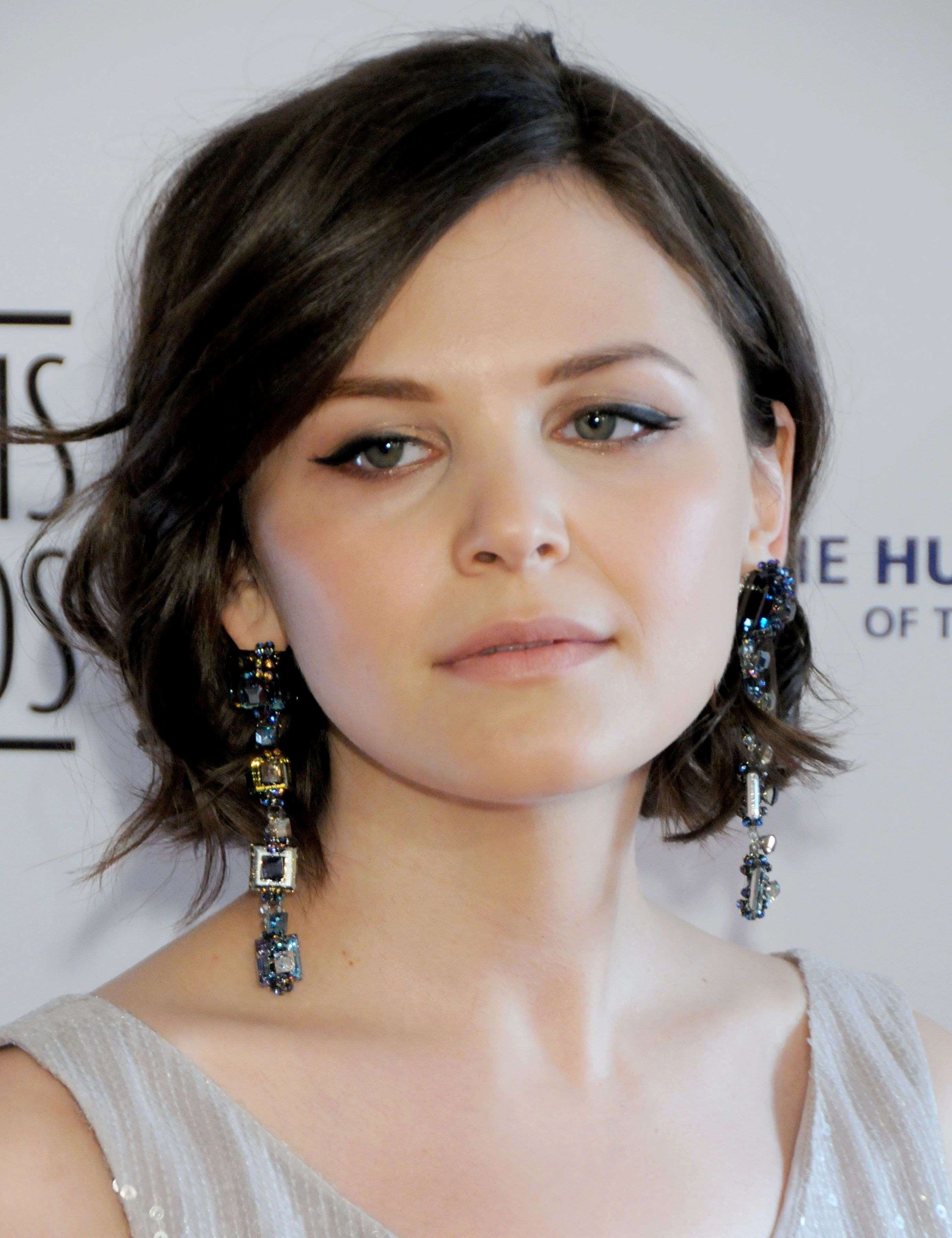 Chin length bob hairstyles for thick hair awesome short haircuts