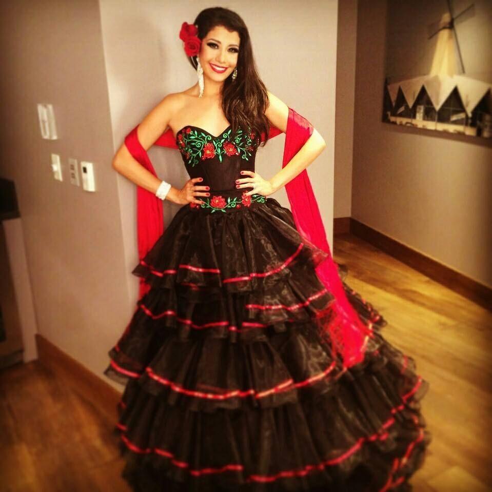 Un Bonito Vestido Mexicano3 En 2019 Vestidos Mexicanos