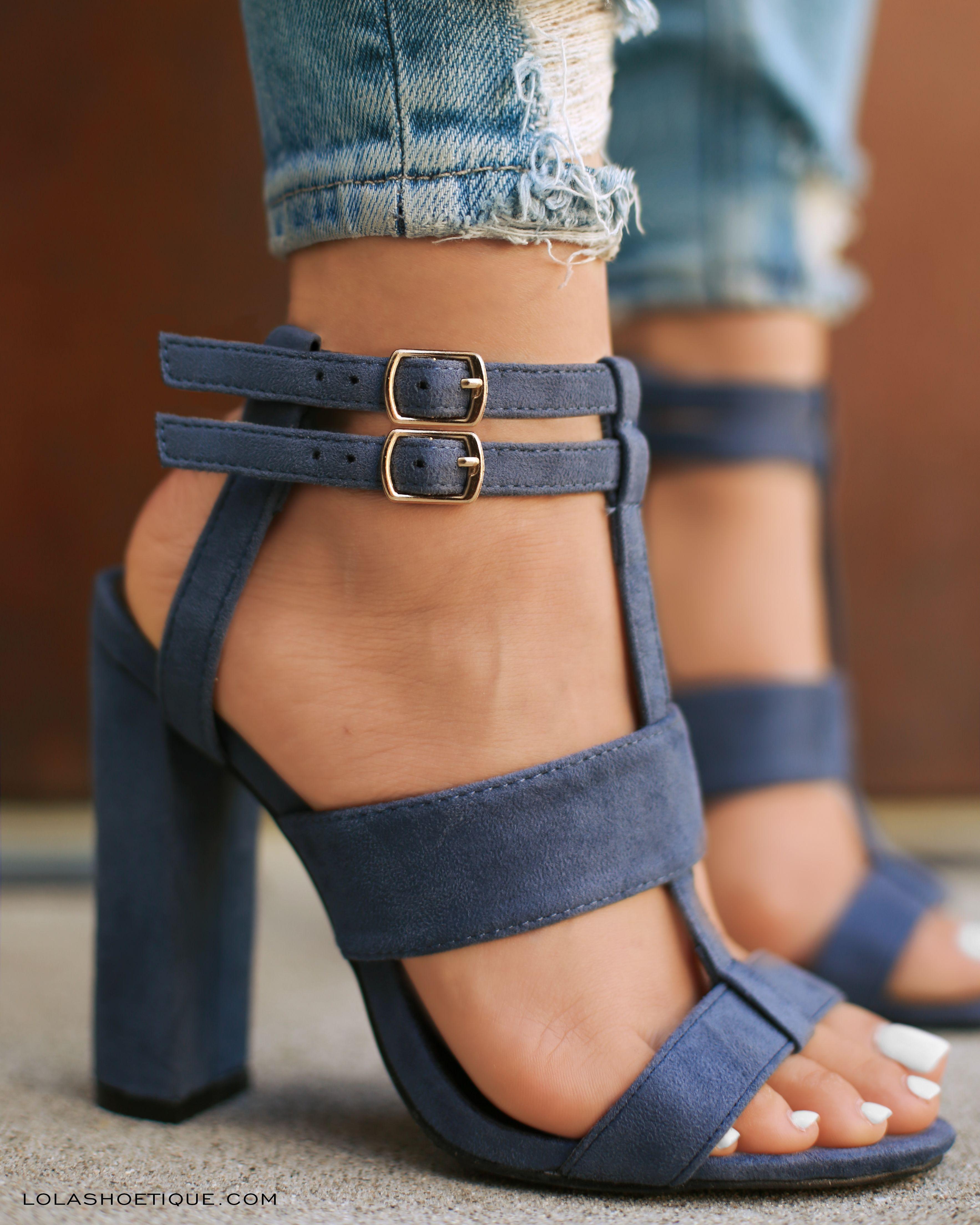Pin de Estefany Lopez en Shoes | Zapatos de tacones, Zapatos