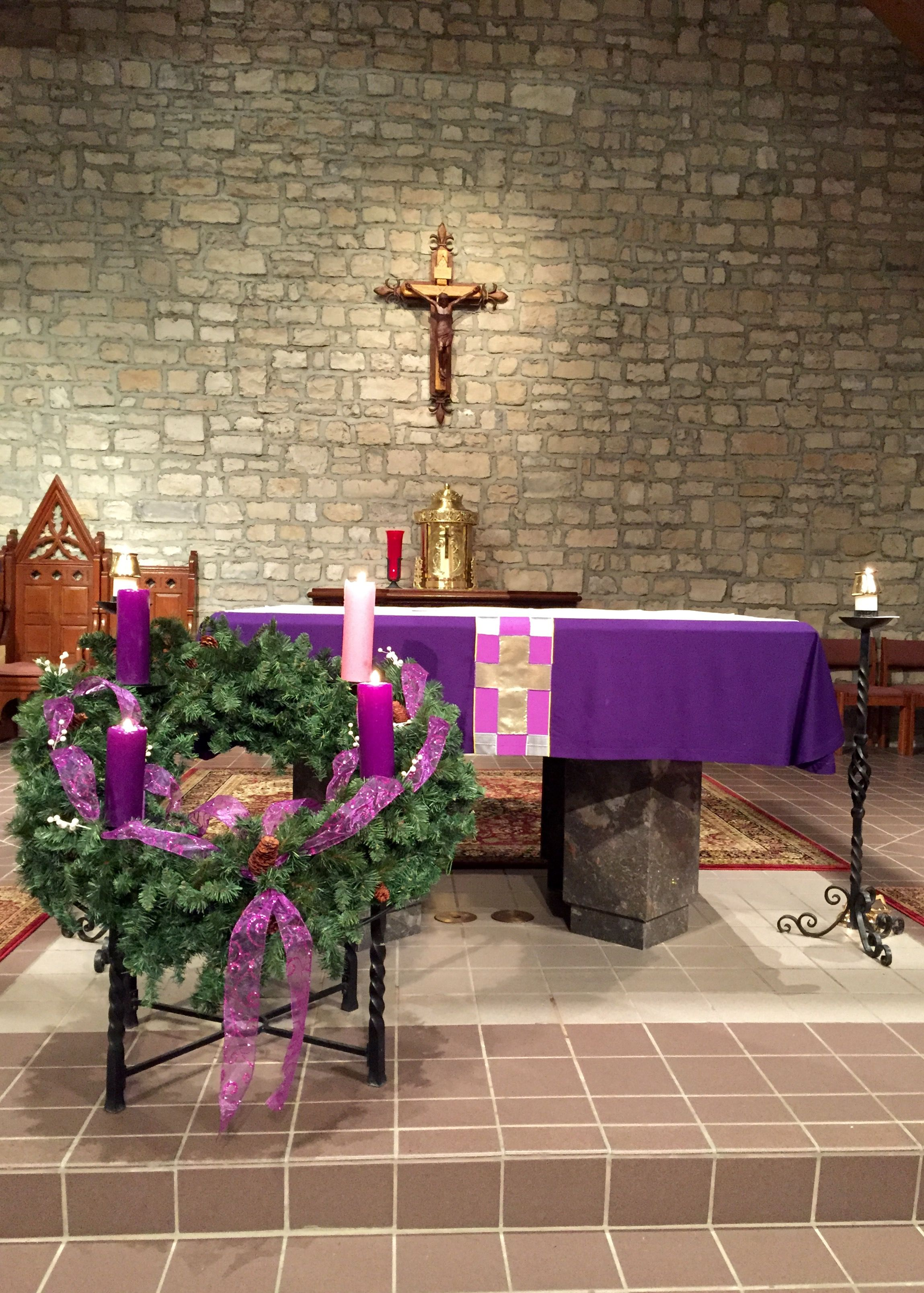 St joan of arc catholic church powell oh advent for Advent decoration ideas