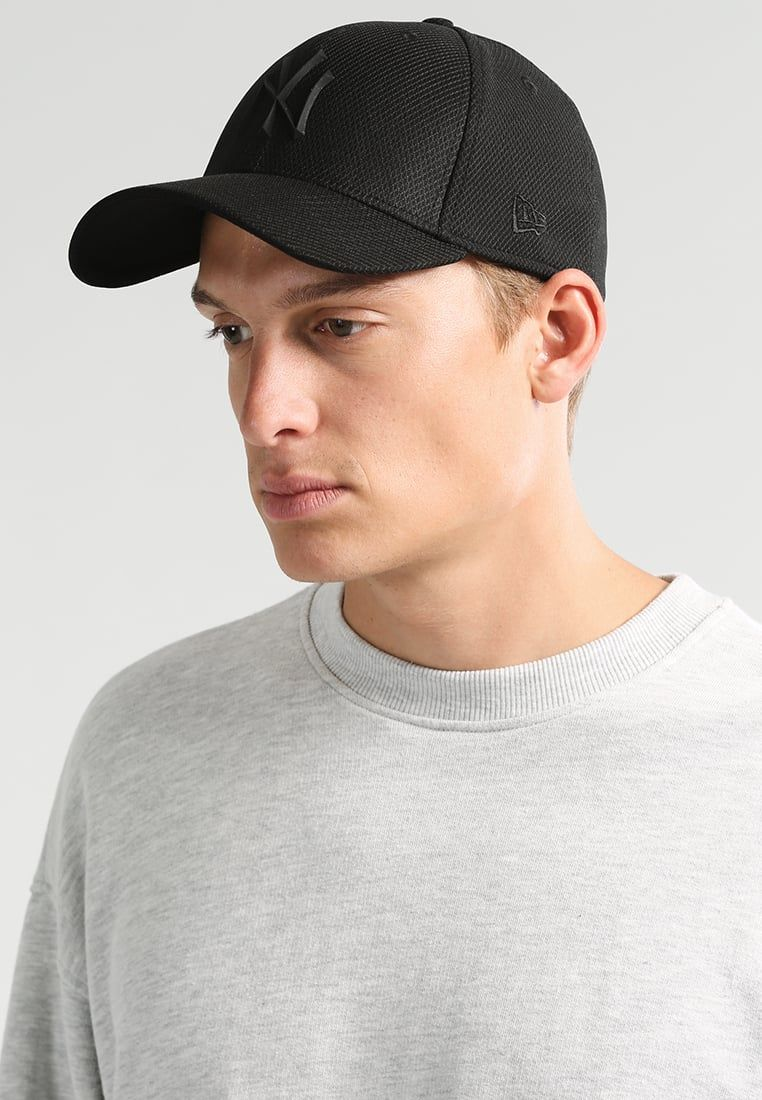Consigue este tipo de gorra de New Era ahora! Haz clic para ver los ... 780f53d84b7