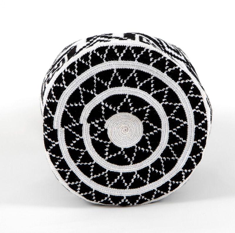 http://www.kurubaa.com/categoria-tienda/kurubaa-design/