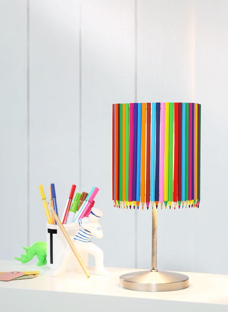 Lampenschirm, verziert mit Buntstiften #lampe #lampenschirm #DIY ...