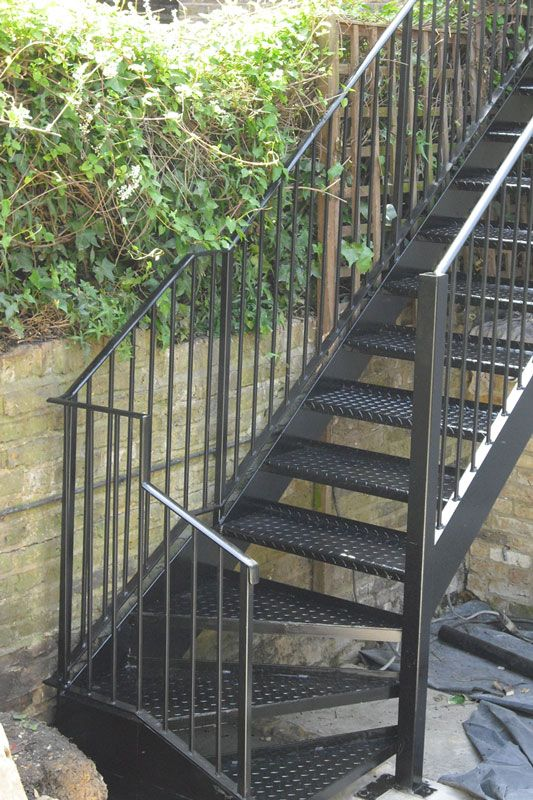 Best Exterior Steel Staircase London Outdoor Metal Stairs 400 x 300