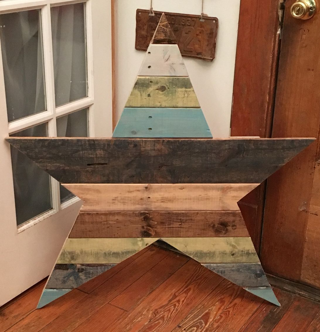 Reclaimed pallet wood star! | Reclaimed pallet wood, Wood ...