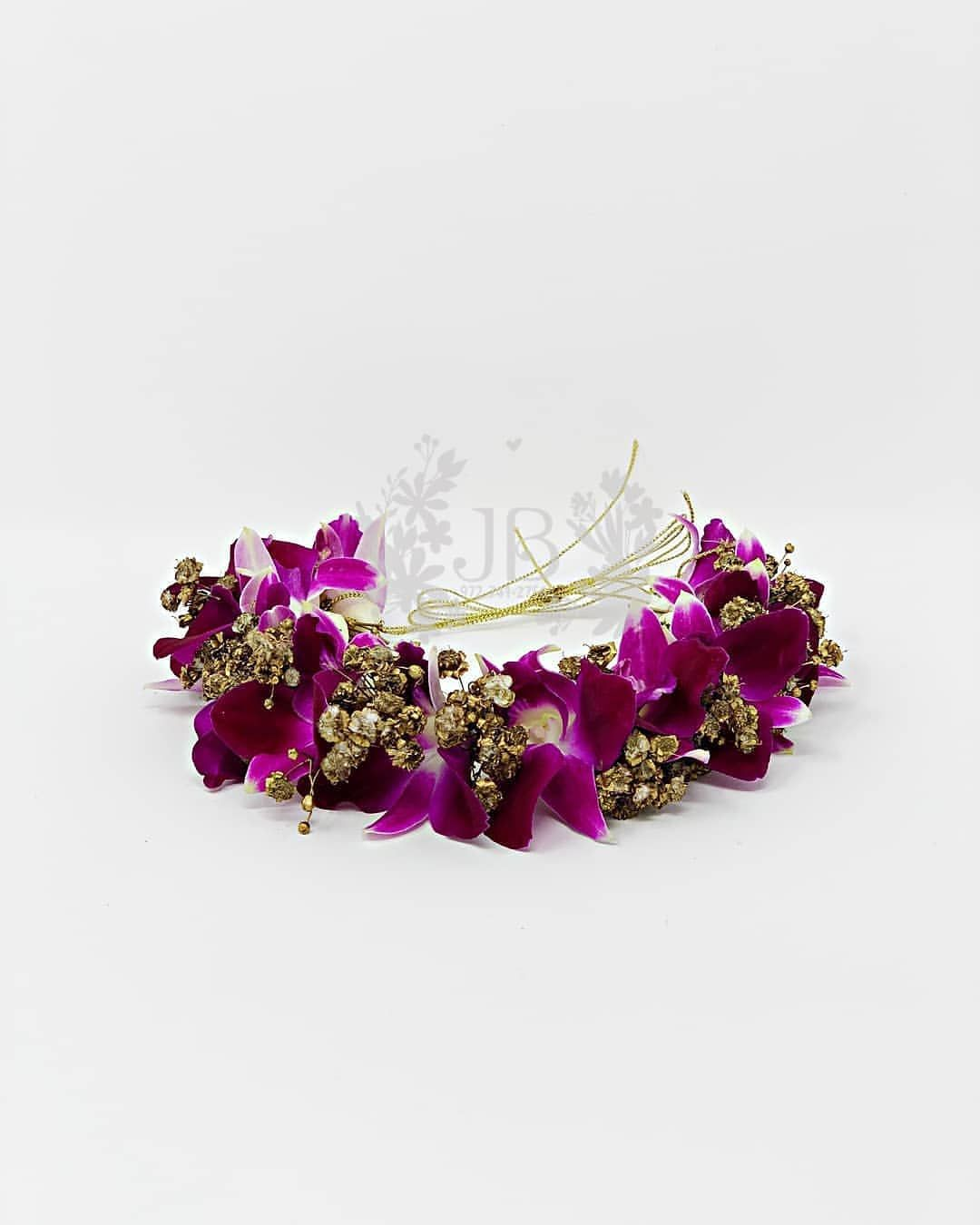 House Of Artisans On Instagram Impress Everyone With This Simple And Beautiful Orchid Veni It S Attrac Orchid Jewelry Fresh Flower Jewelry Beautiful Orchids