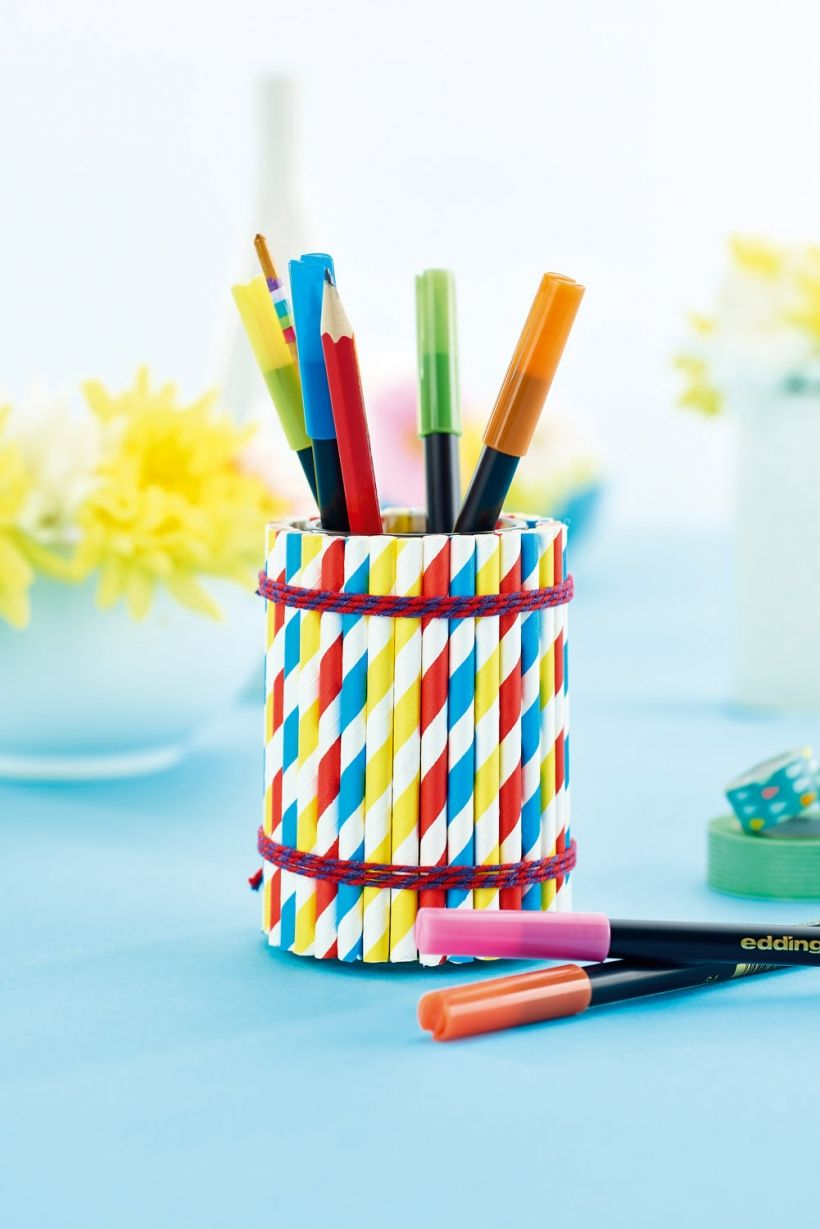 Get Creative With Paper Straws And Craft A Pen Pot With This Free