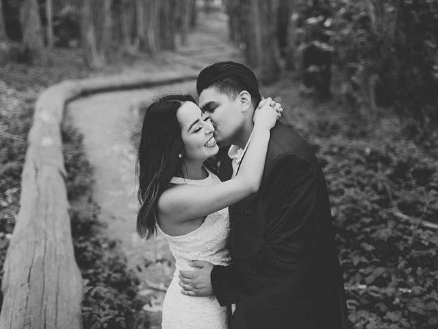 Yay! #sanfranciscoengagementphotography #art  #sanfranciscoweddingphotography #engagementphotography #beauty  #engagementphotographers #style #life #like  #bayareaengagementphotographers #engagement #bayareaengagement #instagood #cute  #apollofotografie #loveisthekey #californiaweddings #follow #photooftheday  #bayareaengagement #instadaily #happy #beautiful #trending #picoftheday # #stylemepretty #smpengagements
