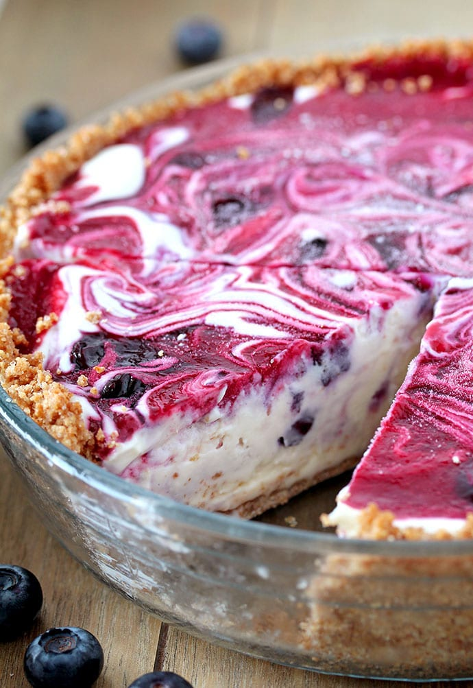 Very Berry Frozen Cream Pie