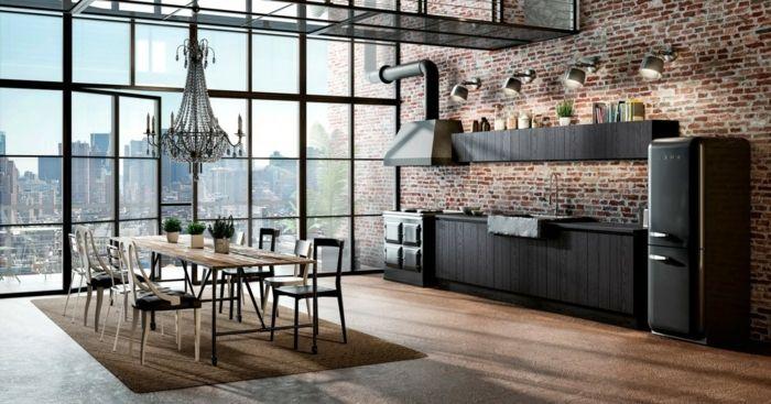 cocina de encanto con grandes ventanas con vista a la ciudad ...