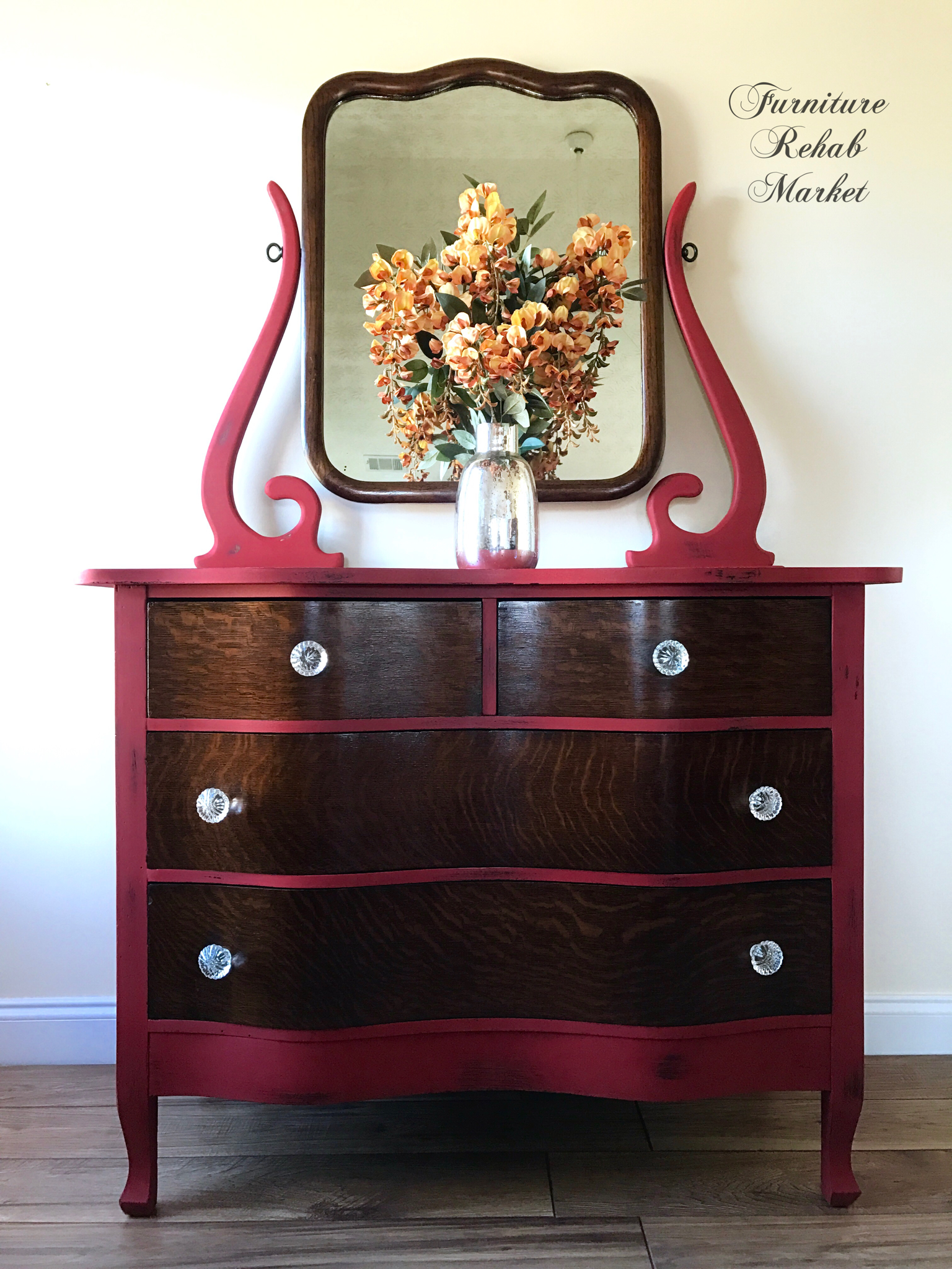 Completely Obsessed With This Beauty Antique Dresser Features Beautiful Serpentine Tiger Oak Drawers