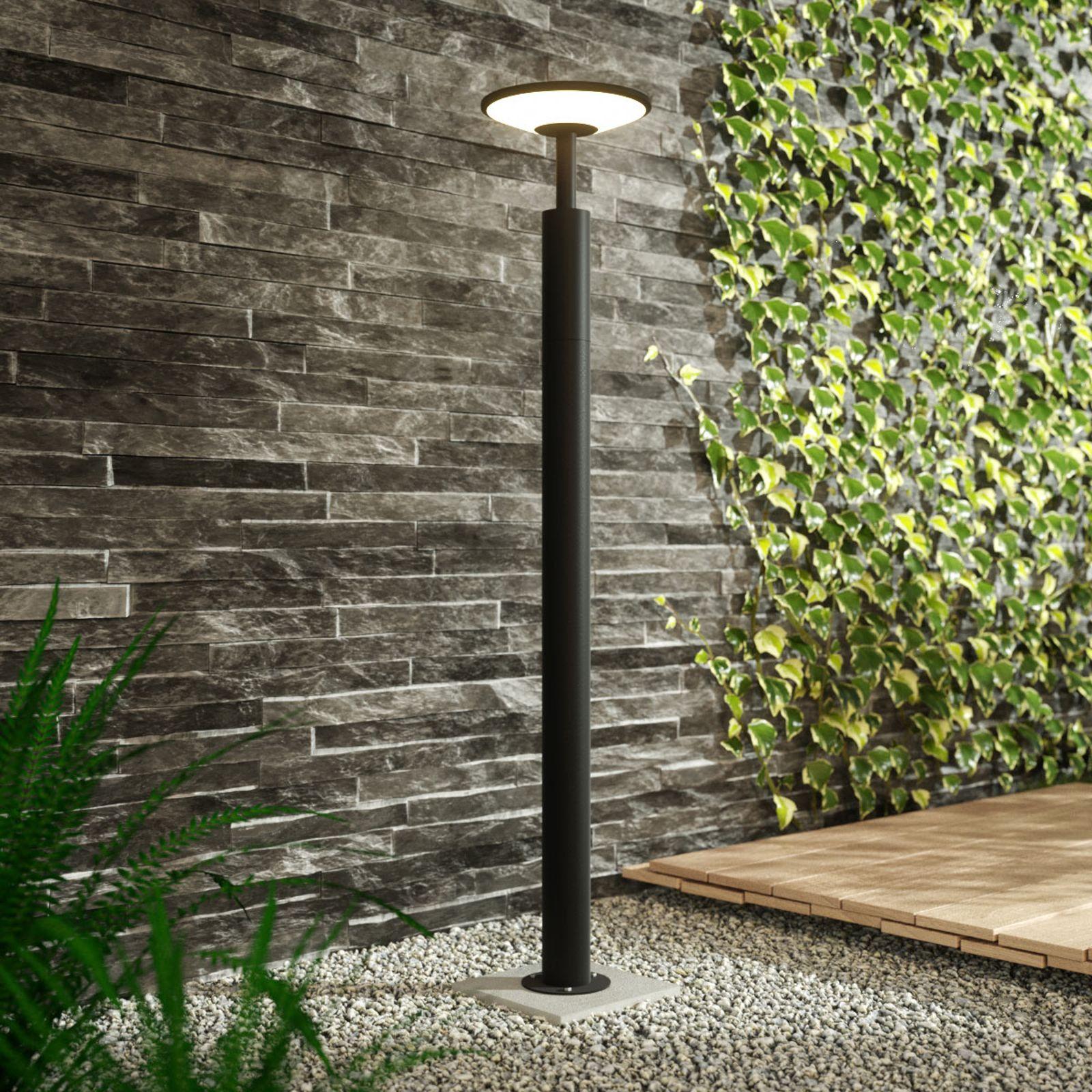 Lampioncino A Led Fenia Alto 100 Cm Di Lucande Bewegungsmelder Laterne Garten Led Stehlampe