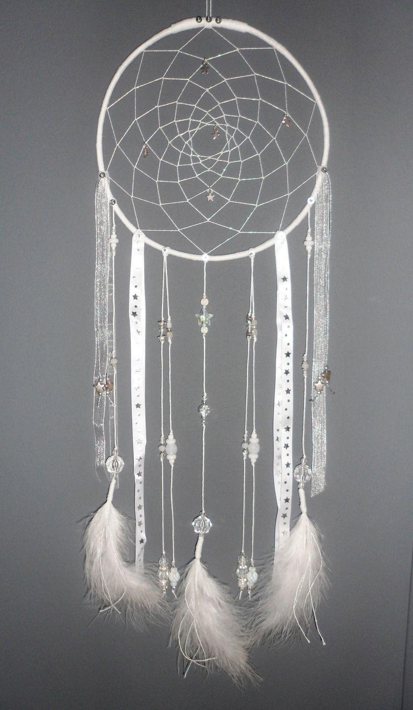 attrape r ves blanc dreamcatcher plumes perles et. Black Bedroom Furniture Sets. Home Design Ideas