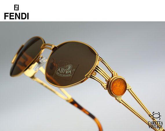 e139a50541 Vintage oval sunglasses