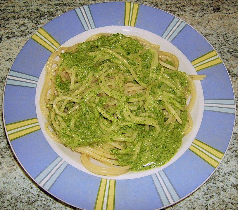 Spaghetti mit Spinatsauce, ein gutes Rezept aus der Kategorie Saucen. Bewertungen: 116. Durchschnitt: Ø 4,3.