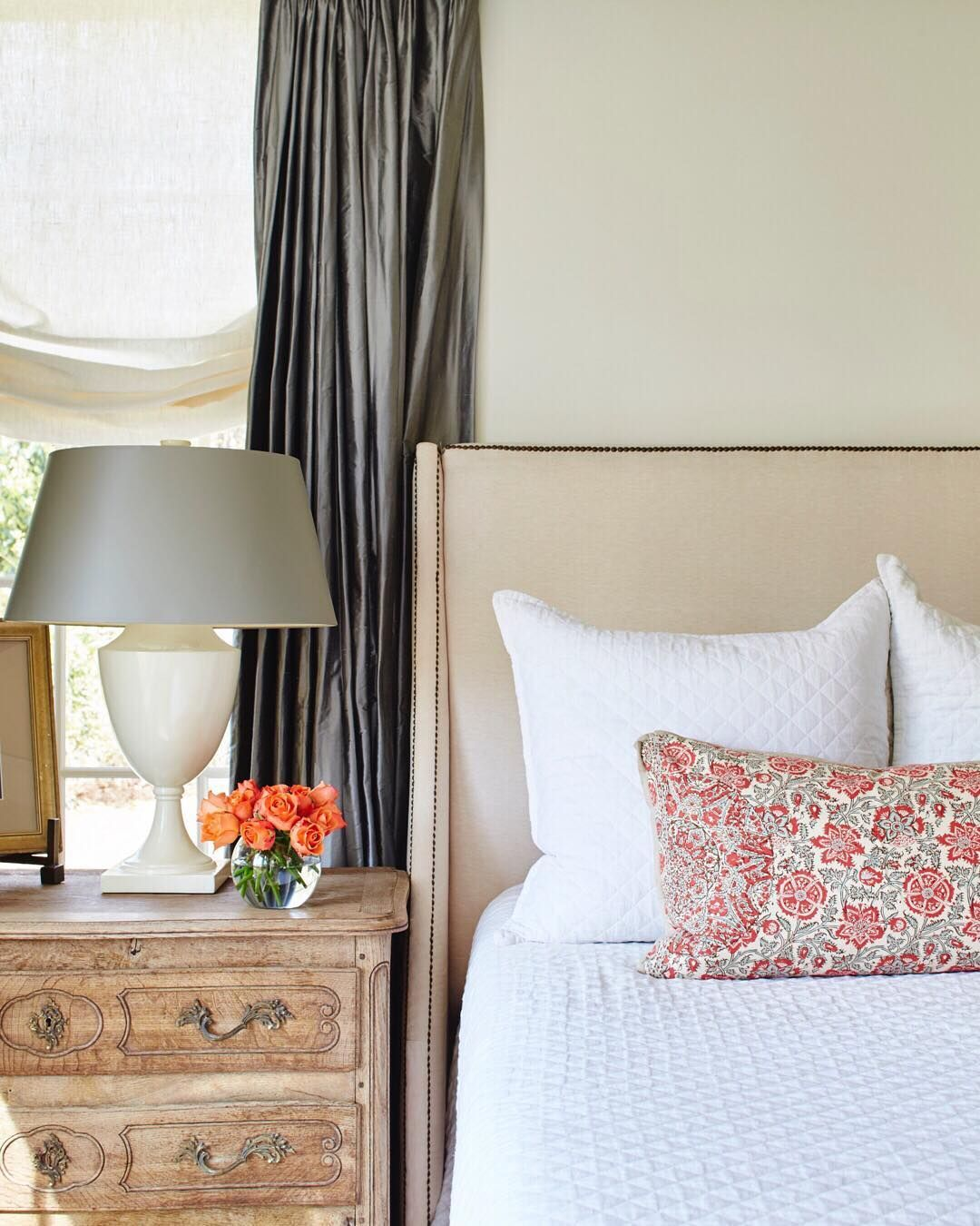 Hamptons Inspired Luxury Home Master Bedroom Robeson: Small Master Bedroom Design Ideas