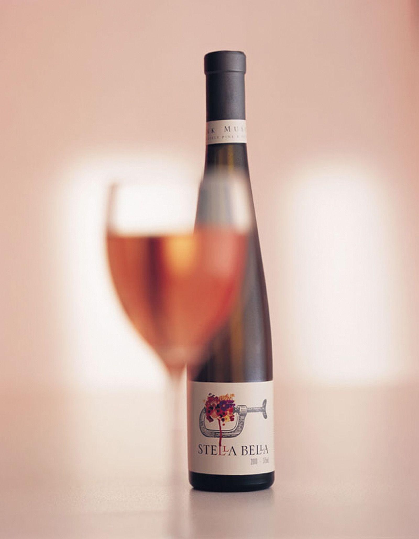 Stella Bella Wine Bottle Shot By Acorn Photo Wine Bottle Photography Wine Bottle Bottle