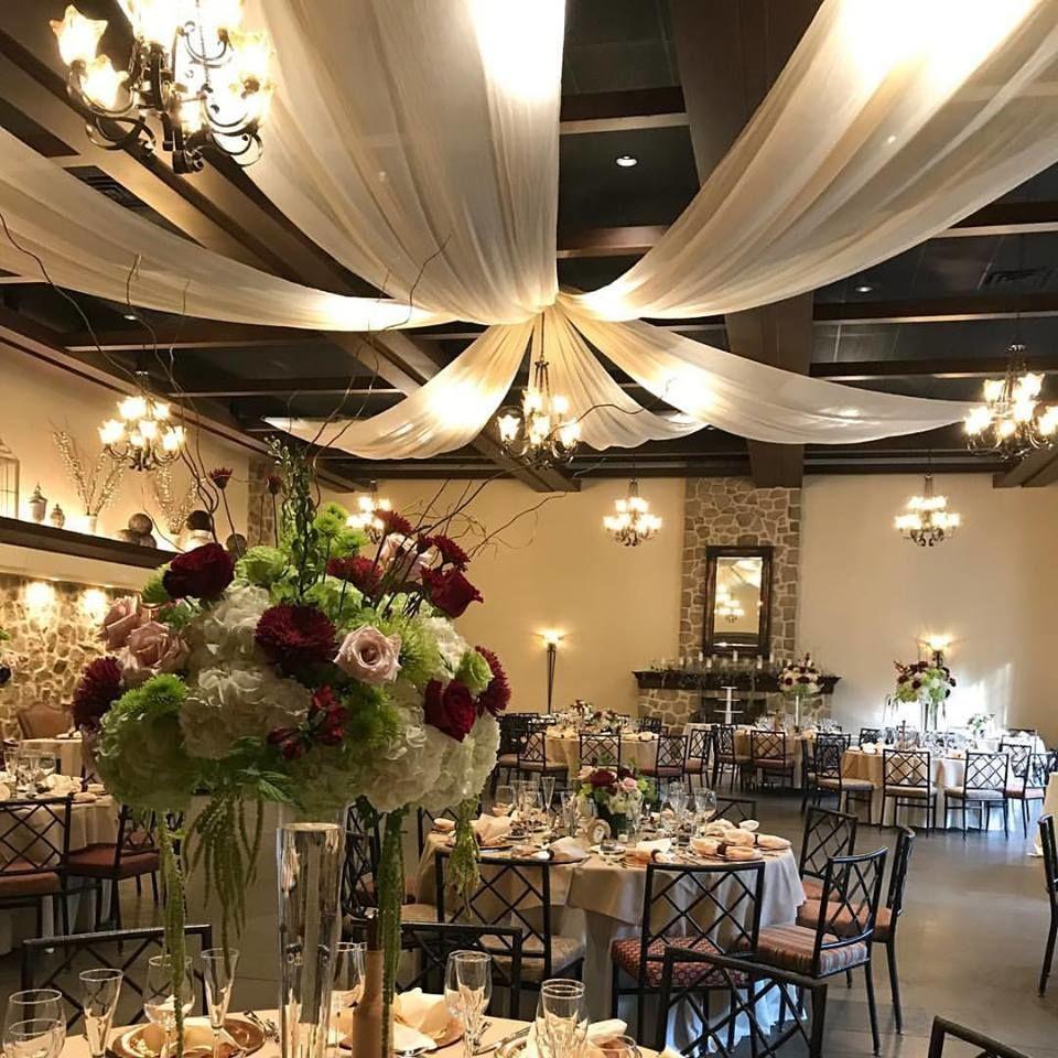 Inn At Leola Village Leola Lancaster Hershey Pa Best Wedding Venue Wedding Venues Pennsylvania Stunning Wedding Venues Outdoor Backdrops