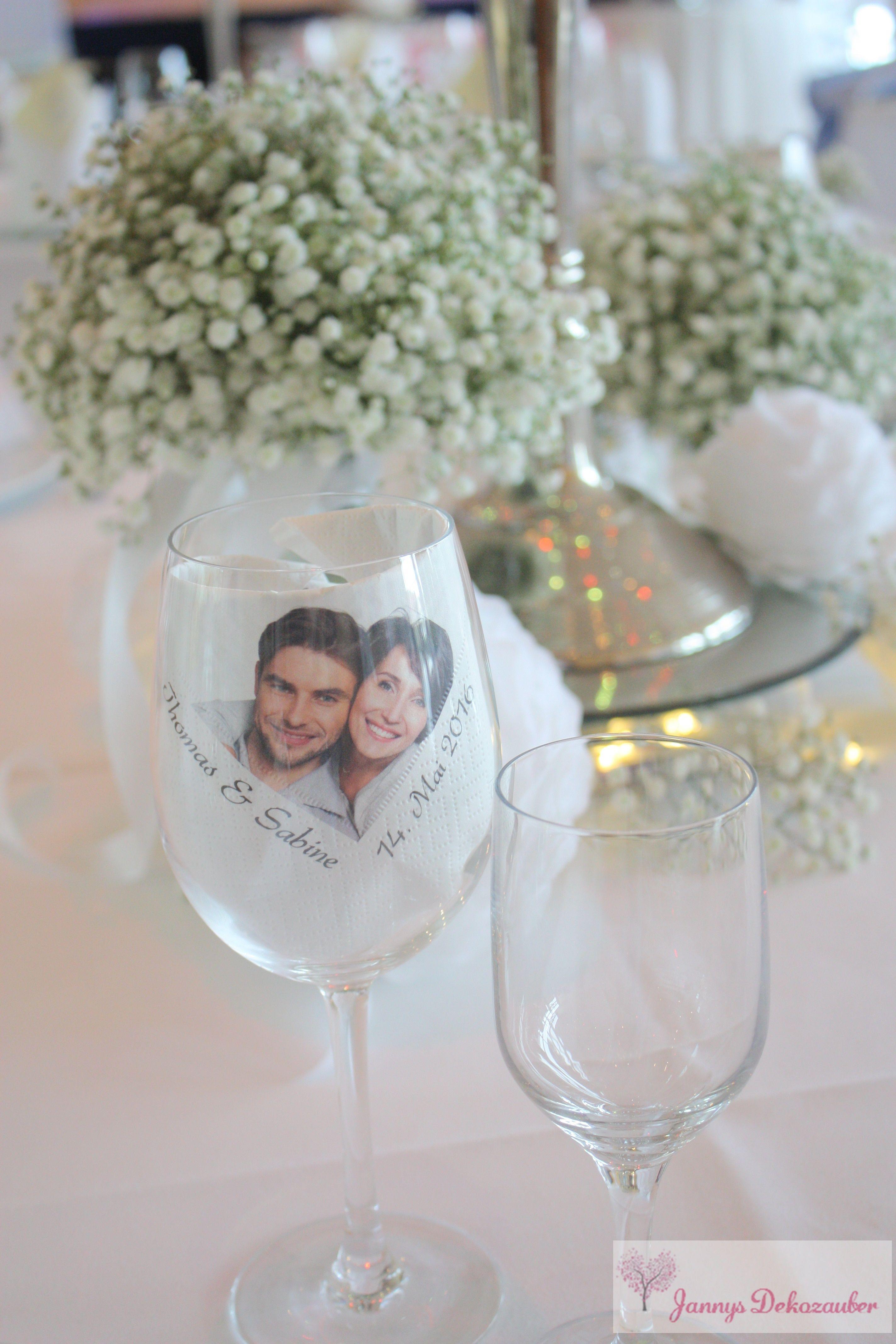 Foto brautpaar serviette namen schleierkraut kerzenst nder leuchter spiegelplatte hochzeitsdeko - Brautpaar tischdeko ...