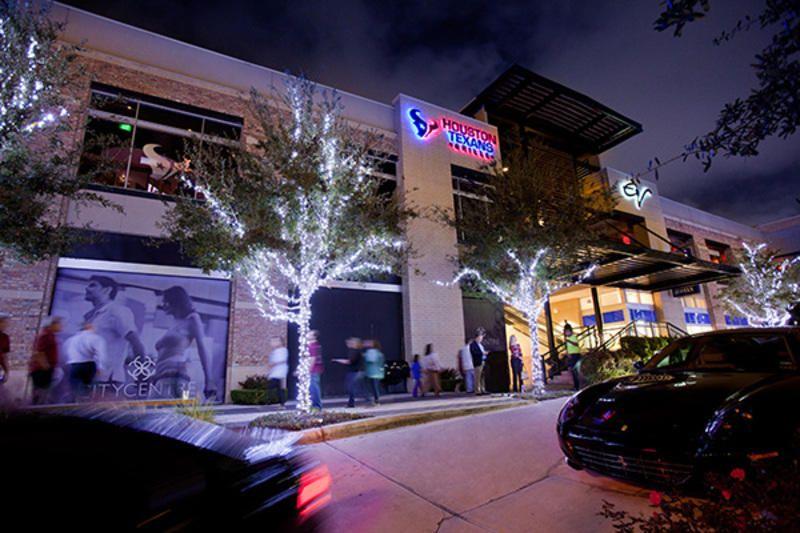 West Houston's CityCentre complex is tempting sports fans