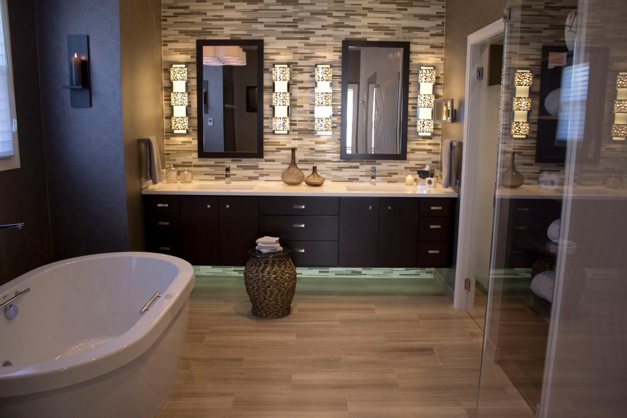 Mixing materials and textures gives this master suite for Bathroom accent ideas
