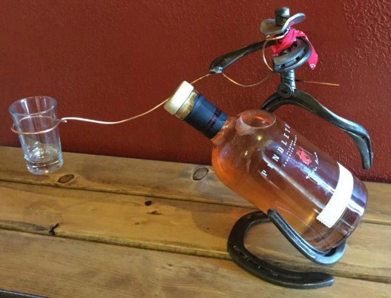 Wine Bottle Holder Horse Shoe Cowboy Styles Available Welding Art Projects