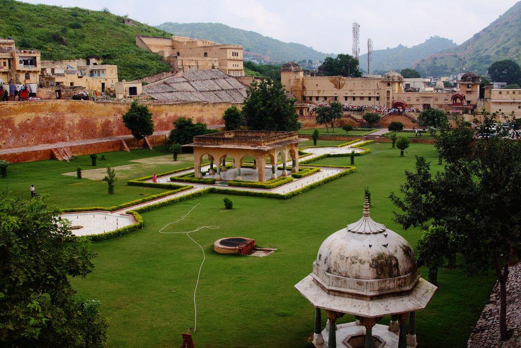 2598 Ram Bagh Garden Amber Palace Jaipur Rajasthan Garden