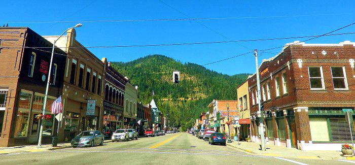 here are the 10 safest and most peaceful places to live in montana