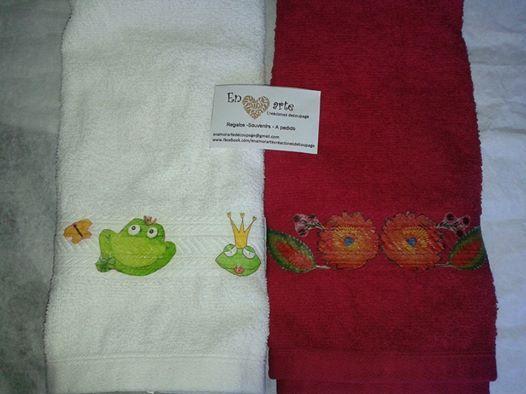 toalla de mano con decoupage- Visita mi pagina en Facebook (argentina) https://www.facebook.com/enamorartecreacionesdecoupage