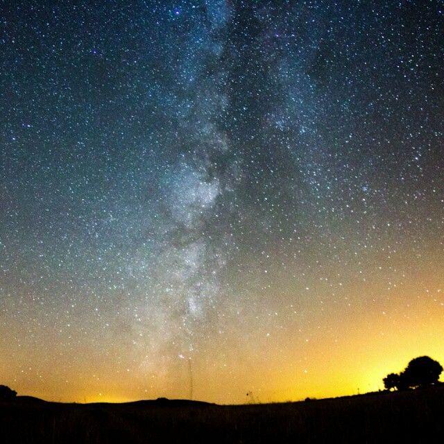 Aqui fica um pequeno time-lapse de 5 segundos da noite da chuva de estrelas da quarta feira passada.Foi até a camera embaciar. #stars #astrophotography #timelapse #portugal #luismatosdias #alentejo #sky #estrelas #estrela #star #astro #meteor