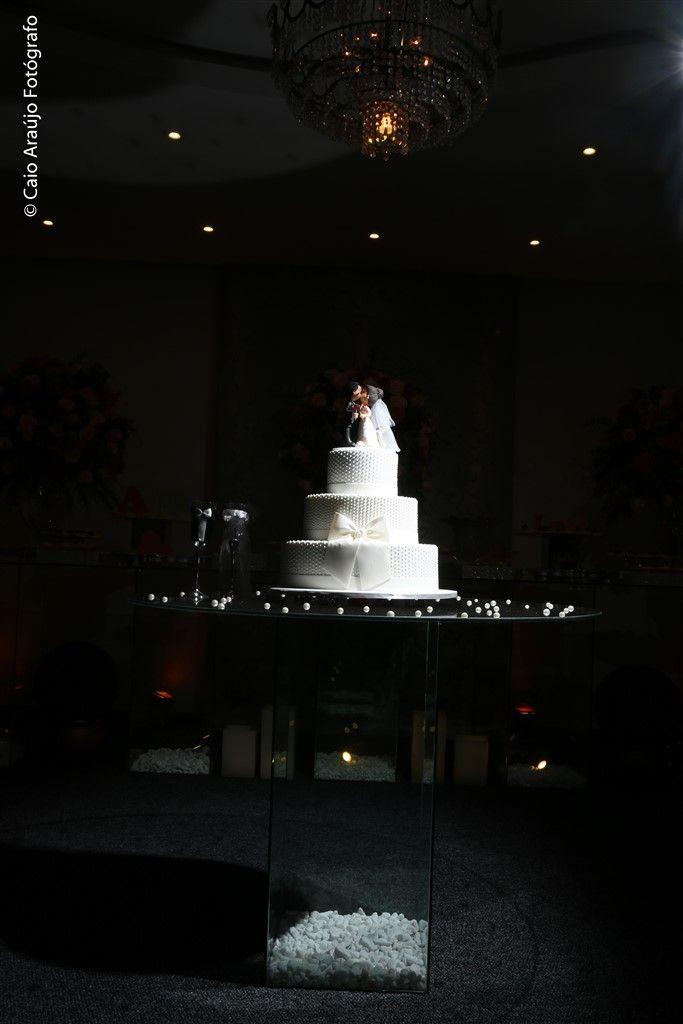 ♥♥♥  O Casamento Real da Ana Carolina e do Rafael Casamento real é algo que sempre nos fascina, cês sabem... Tanto nos fascina que ano passado, depois da Expo Noivas Cariocas, nosso evento maravilho... http://www.casareumbarato.com.br/casamento-real-ana-carolina-rafael/