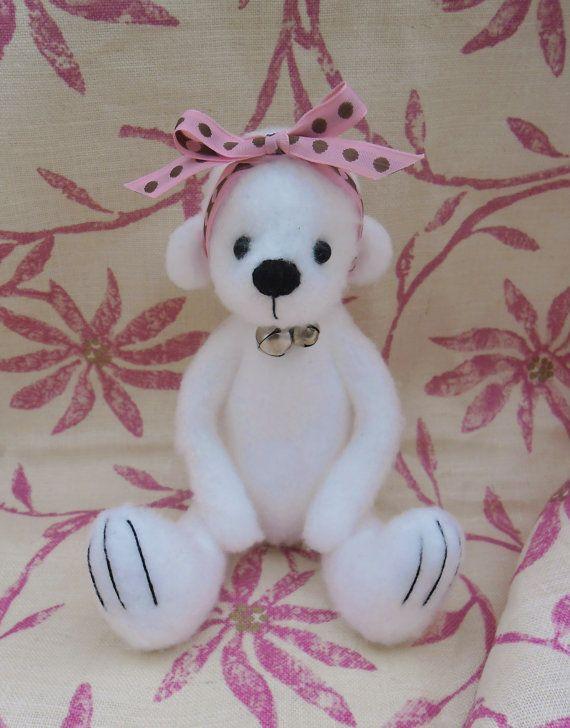 Cuddlea cute 9 inch bearhandmade with lovex. by Kazziesbruins, £10.00