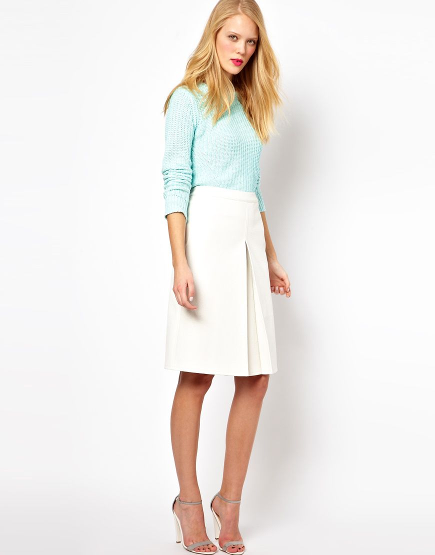 Classy, chick and elegant...this gorgeous ASOS A-line skirt in ...