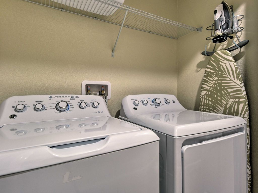 No Need To Go Out And Do Laundry The Upstairs Laundry Room Makes