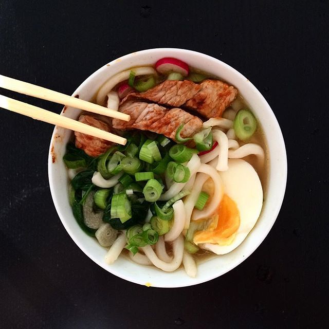 """Udon suppe med gris, spinat, forårsløg, æg og radiser ❤️"" Photo taken by @helenanorupx on Instagram, pinned via the InstaPin iOS App! http://www.instapinapp.com (08/19/2015)"