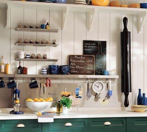 Soluzioni salvaspazio per cucine piccole | Shelves