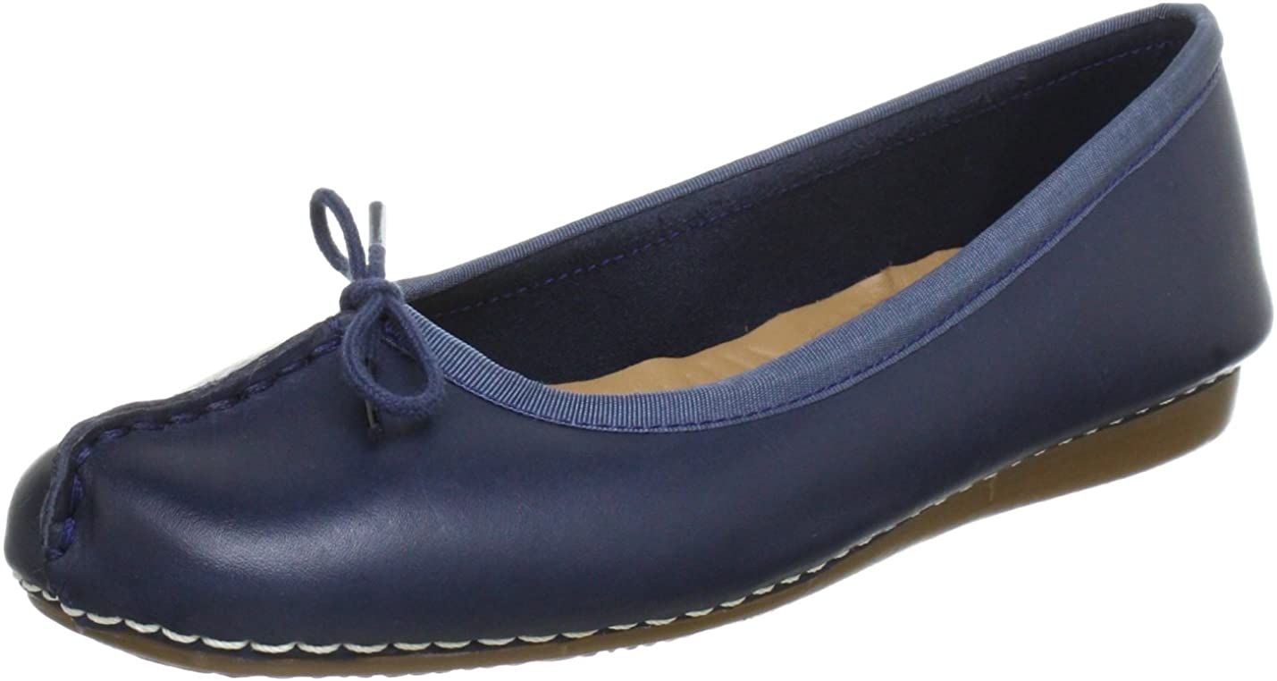 Molestar armario Globo  Clarks Womens Freckle Ice Ballet Flats: Amazon.co.uk: Shoes and Bags ,  Amazon Affiliate link. Click image for detail, #Amazon … | Navy leather,  Women shoes, Clarks