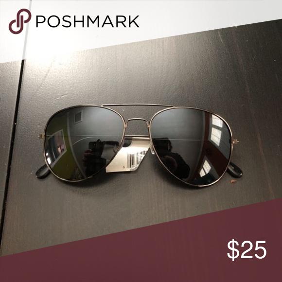 60b130dbd6e93 Aviator sunglasses Brand new Kinda black mat grey rims Tilly s Accessories  Glasses