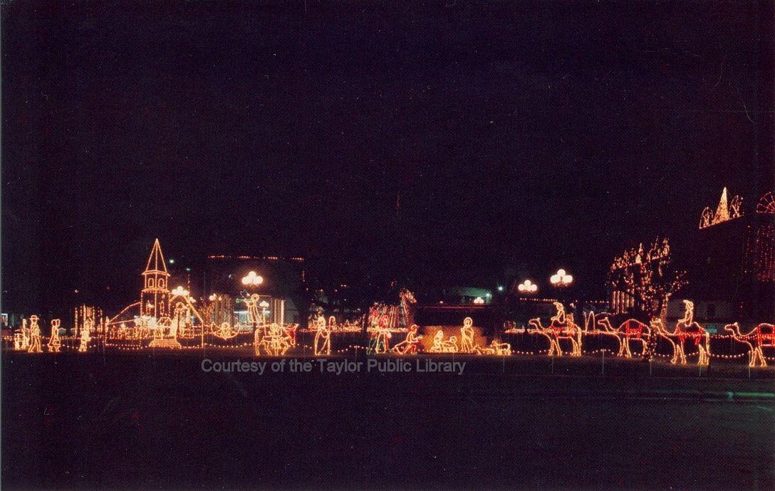 2015 Christmas lights at Heritage Park (postcard) Ca. 1980s - Nov. 2015 Christmas Lights At Heritage Park (postcard) Ca. 1980s