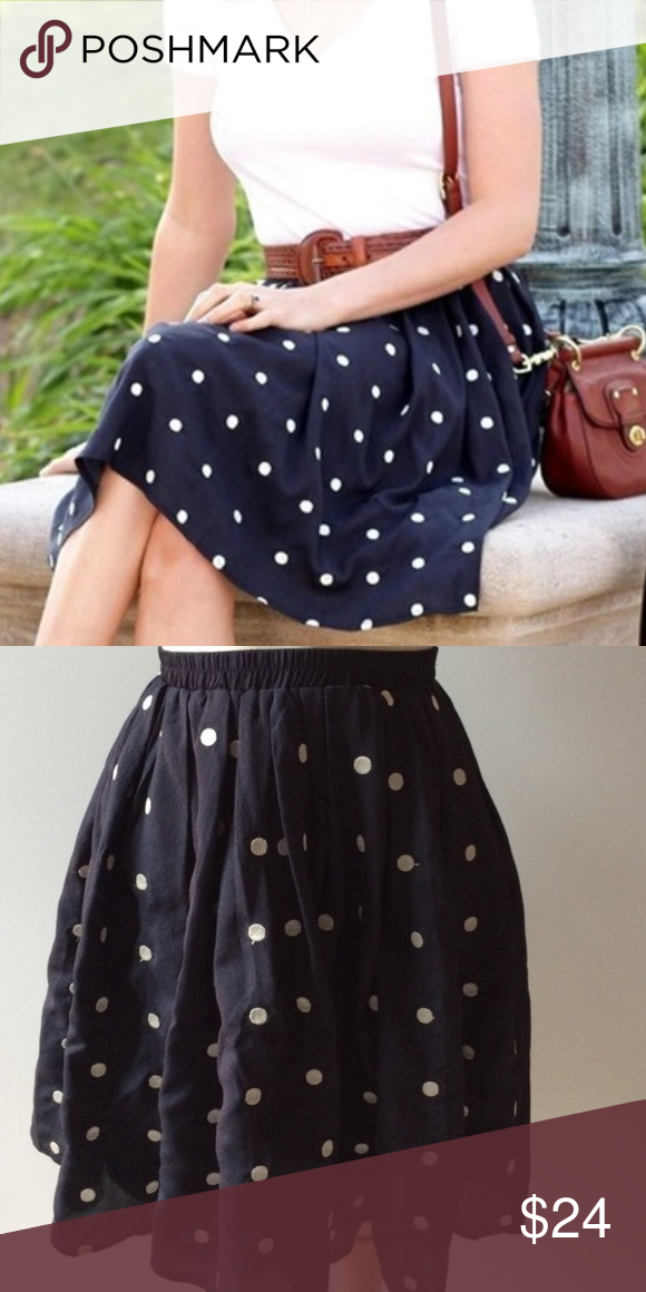 6a01e4f1603 Comme Toi x Modcloth navy white polka dot skirt Get this casual cool look  with this