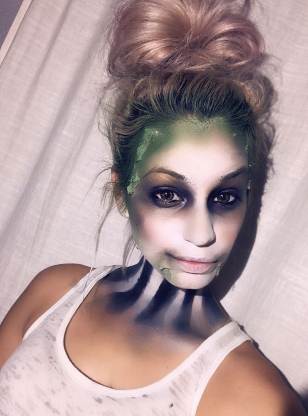 _hairgypsy_ Halloween 2018 makeup hair Green hair beetle