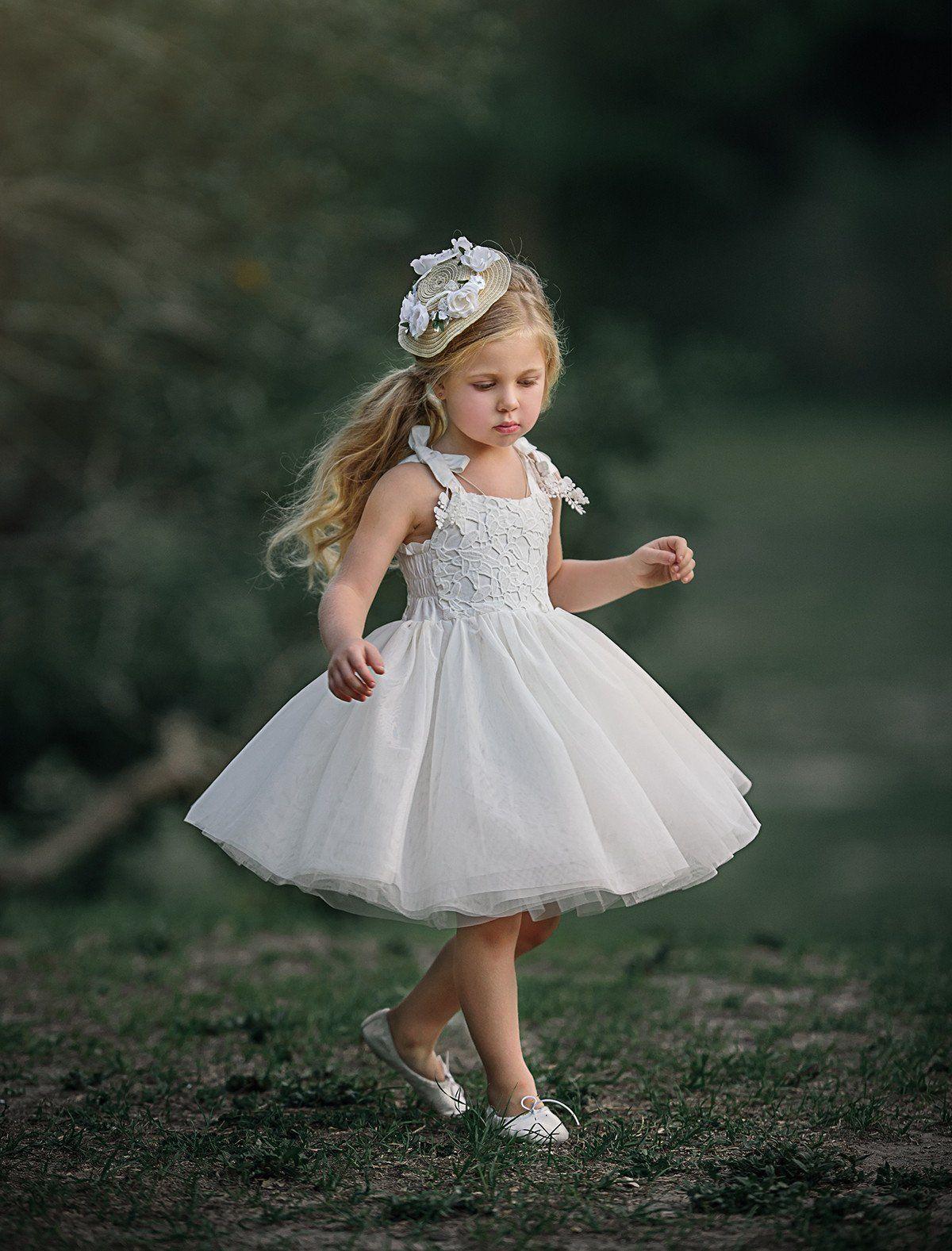 Tiptoeing Around Dress Sleeveless Flower Girl Dresses